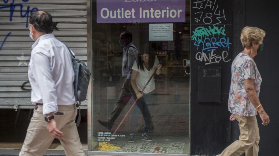 España registra 87 muertos, la menor cifra de muertes diarias por coronavirus en dos meses