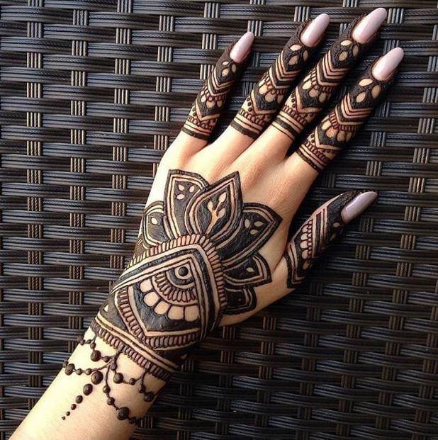 50 Amazing Henna Tattoos For Girls 2018 Page 3 Of 5 Tattoosboygirl