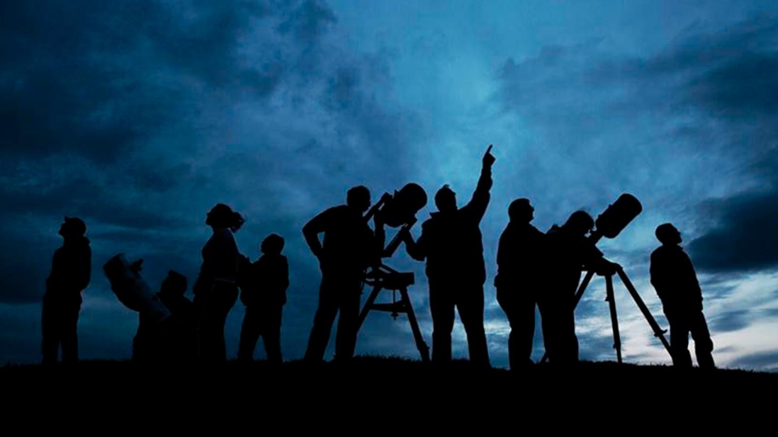 Transeúntes y automovilistas aseguran haber visto presencia de un objeto volador no identificado (OVNI) en Tlalpan (VÍDEO)