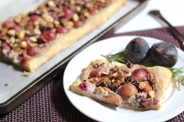 Diary of a Mad Hausfrau: Fresh Fig Rosemary Hazelnut Puff ...