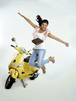 Shruti Haasan Latest Hot Stills in Pooja HeyAndhra