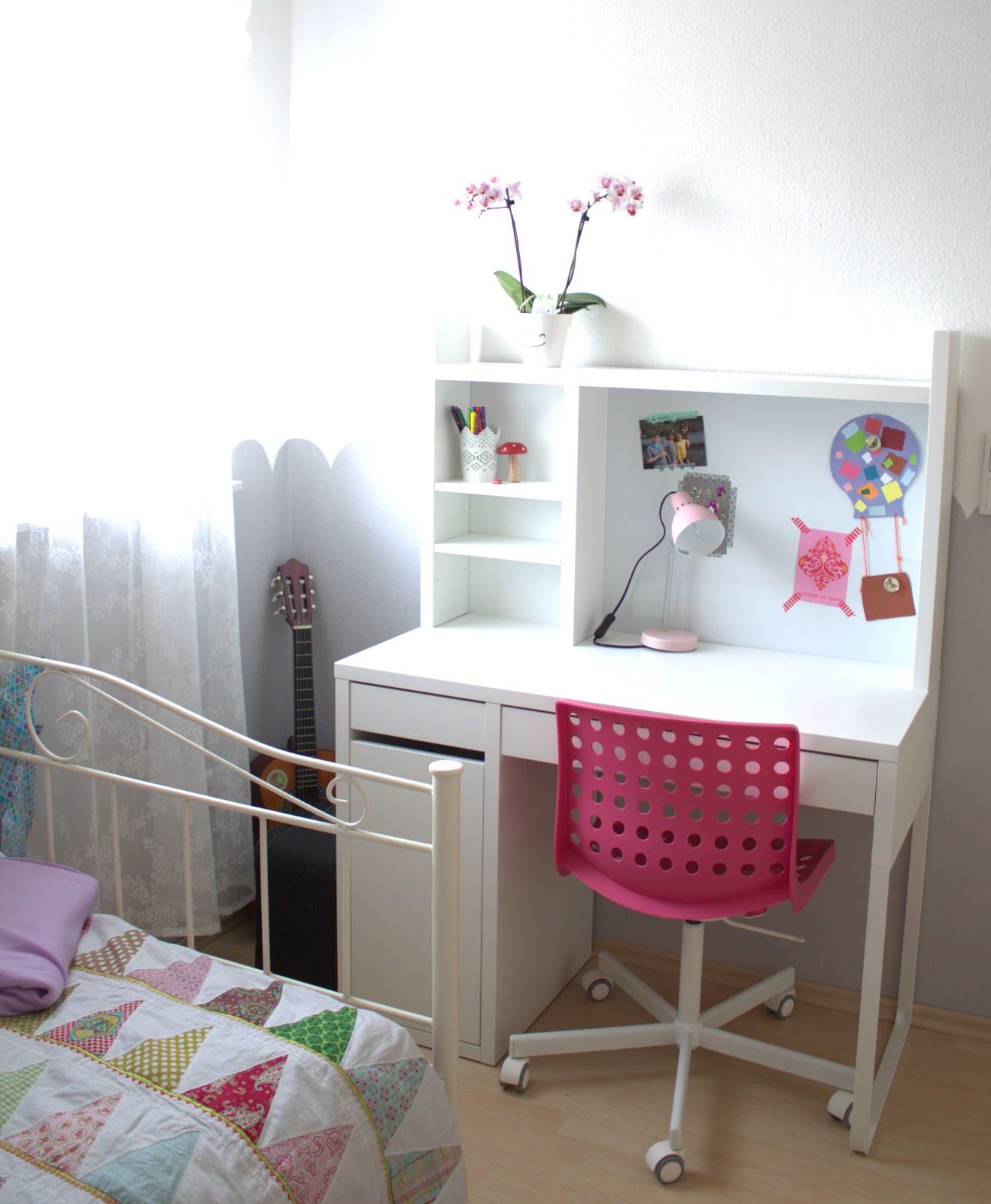 liebhabest cke aus aniswelt happy birthday gro es m del ein m dchenzimmer. Black Bedroom Furniture Sets. Home Design Ideas