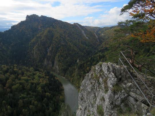 Widok z Sokolicy na Trzy Korony.