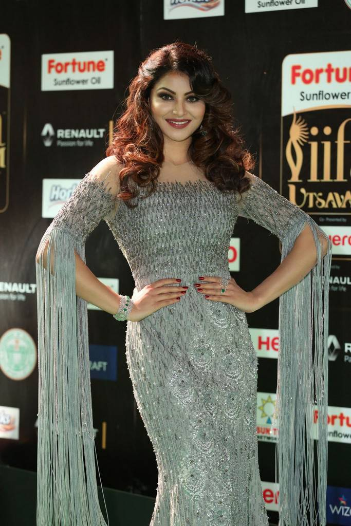 Bollywood Actress Urvashi Rautela At IIFA Awards 2017 In Blue Dress