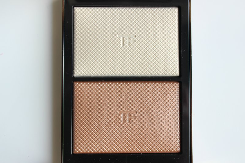 d928a912be Tom Ford Skin Illuminating Powder Duo Review | The Sunday Girl