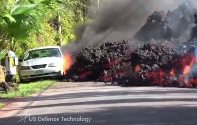 Στο έλεος της λάβας η Χαβάη: Σαρώνει τα πάντα στο πέρασμά της (βίντεο)