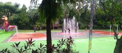 Menikmati Wahana Water Kingdom, Bogor 2017