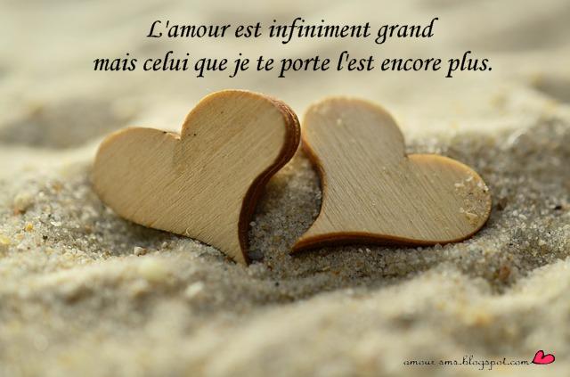 message d'amour sur une carte de coeur