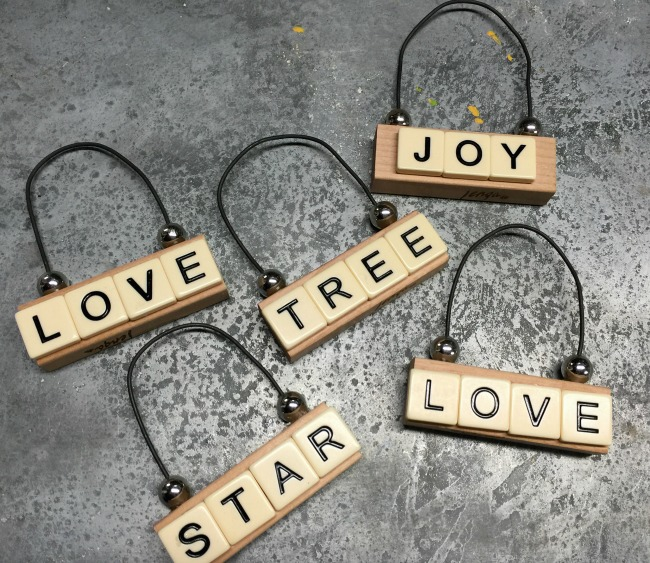 Repurposed DIY Christmas Ornaments using Jenga blocks and vintage scrabble tiles www.homeroad.net