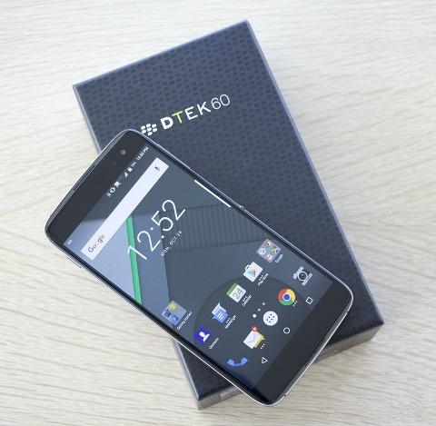 Cara Flashing Blackberry DTEK60