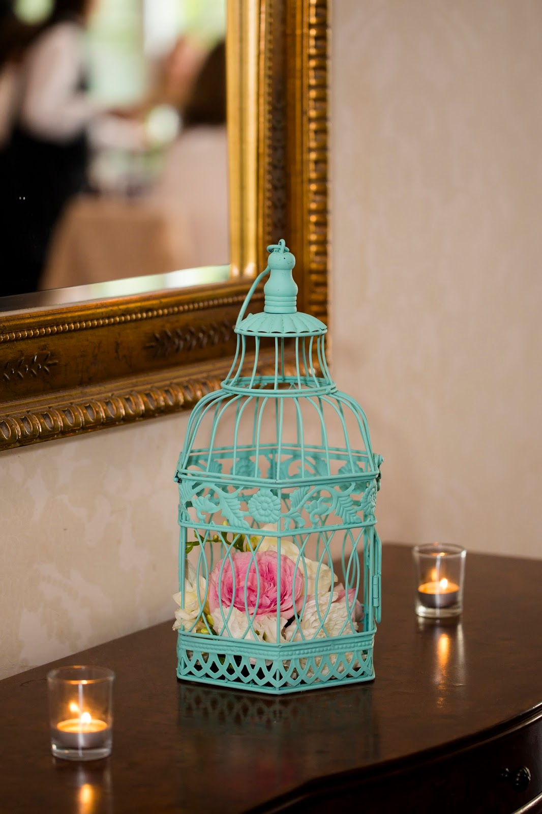 Wedding Wednesday- Painted birdcage wedding decor ideas | Meet the B's
