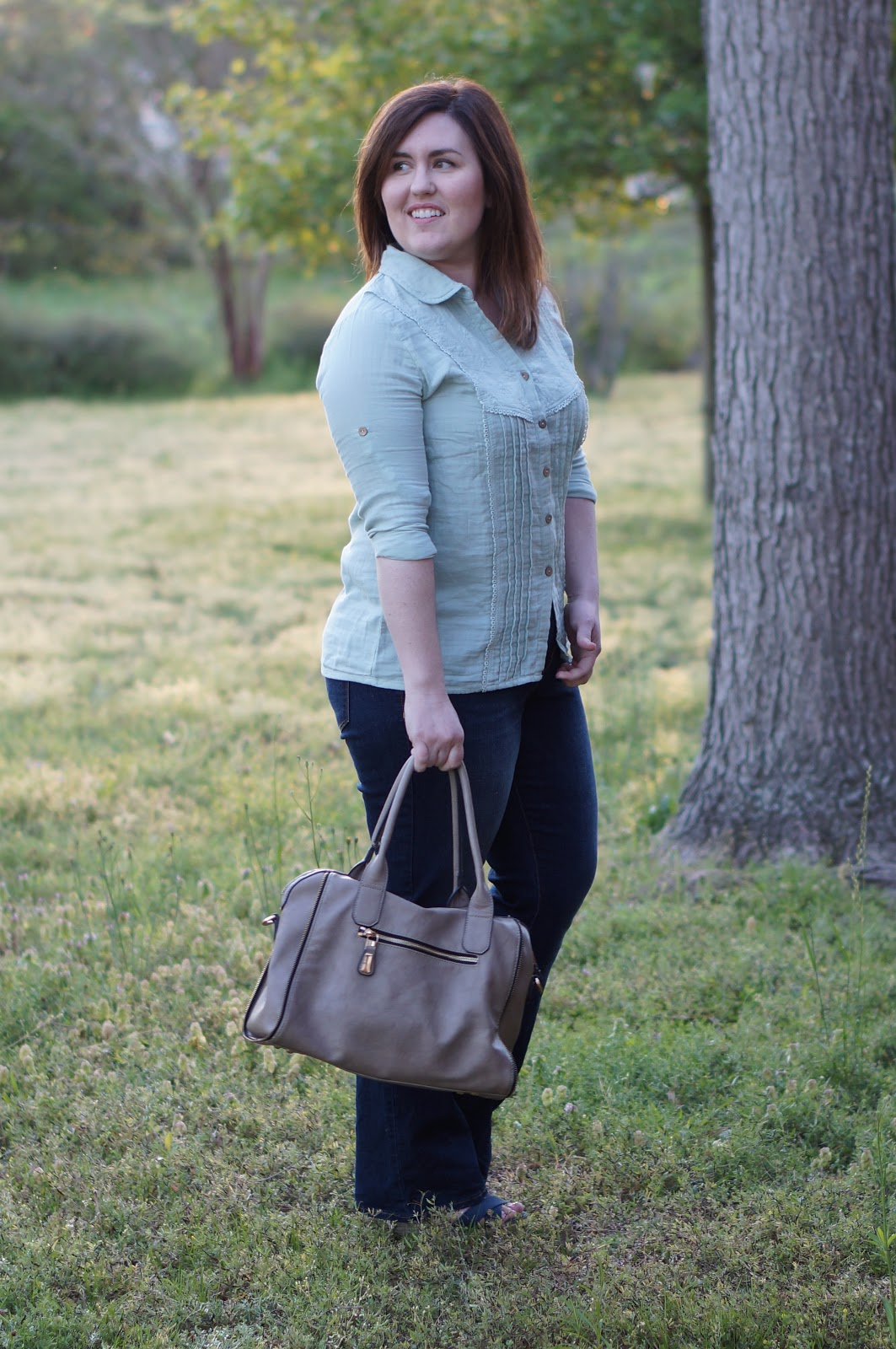 Rebecca Lately Zaful Mint Linen Top Old Navy Rockstar Flare Jeans Target Wedges Street Level Tote