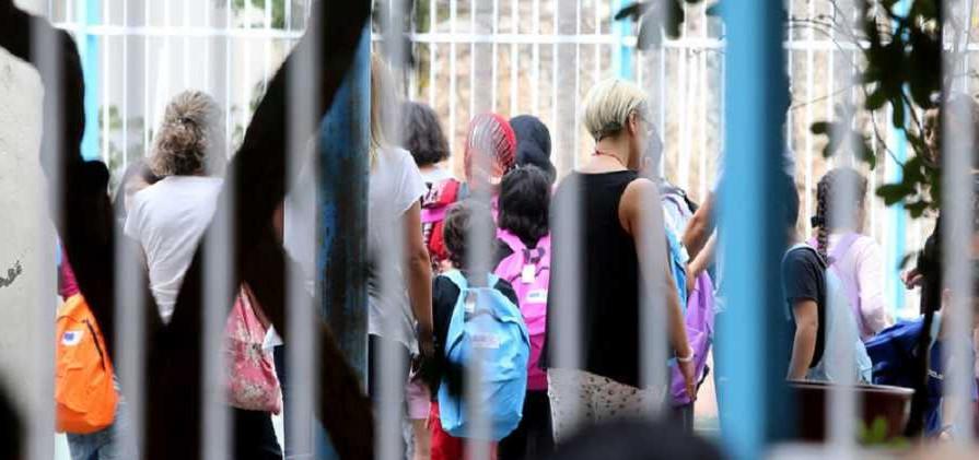 Χίος: 1.130 γονείς ζητούν με εξώδικο να μην πηγαίνουν τα παιδιά των «προσφύγων» μαζί με τα παιδιά τους στο σχολείο