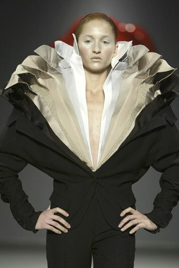 Fashion And Photography Ruffles And Viktor Amp Rolf