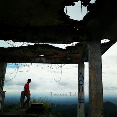 gunung kelud sekarang, tiket masuk wisata gunung kelud, status gunung kelud, gunung kelud 2019, bmkg gunung kelud,wisata gunung kelud 2018