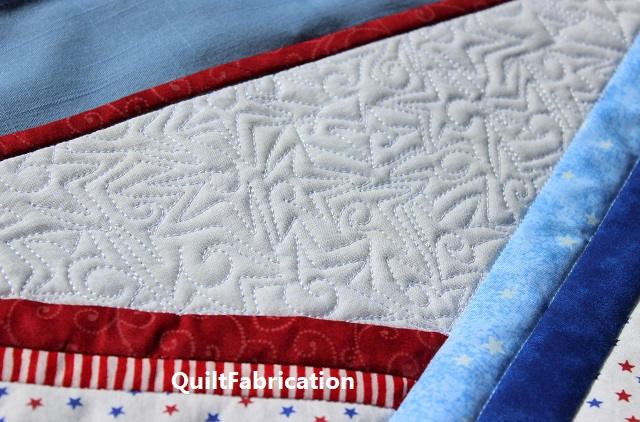 United table runner quilting closeup by QuiltFabrication