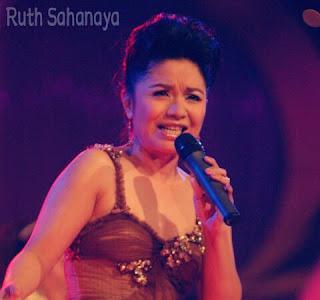Download Lagu Ruth Sahanaya - Andaikan Kau Datang Kembali.mp3
