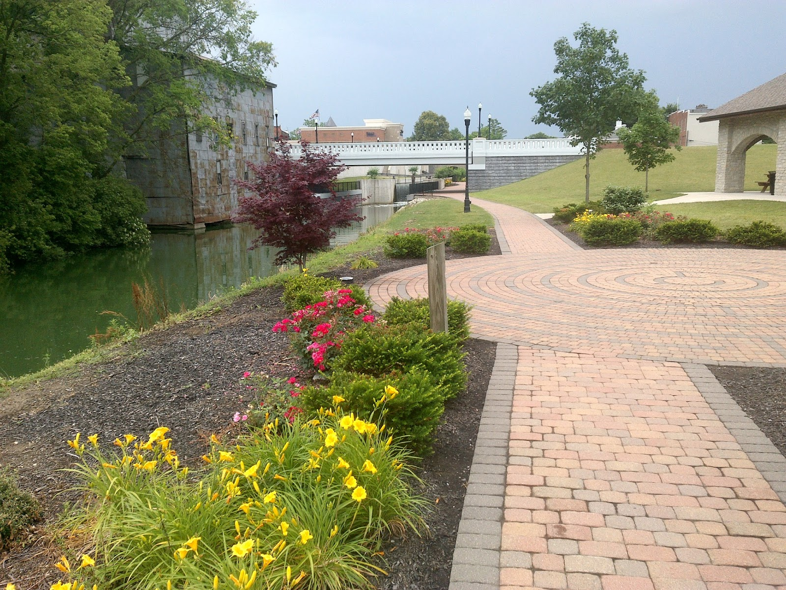 Heart And Sole Hiking The Miami And Erie Canal And The Towns It Built
