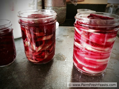 http://www.farmfreshfeasts.com/2015/07/pink-pickled-banana-peppers-for.html