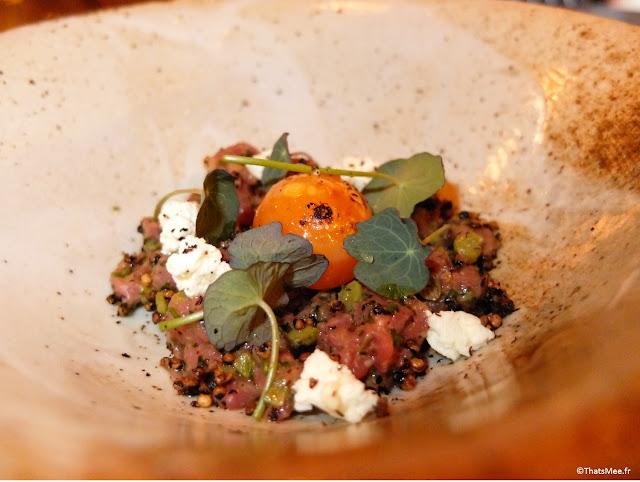 tartare de boeuf quinoa oeuf de york caramélisé, restaurant Zoilo argentin Londres