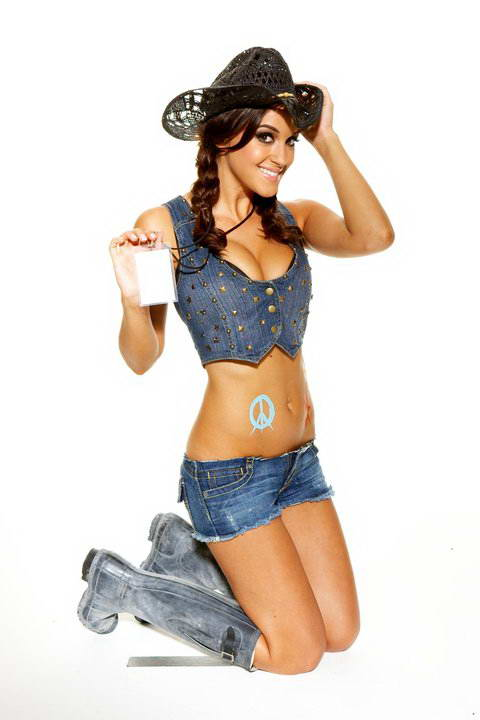 Rosie Jones Beautiful British Cowgirl Fashion For Style