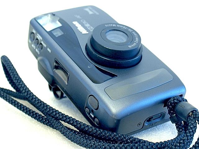 Film Camera Review: Nikon Zoom 310 AF