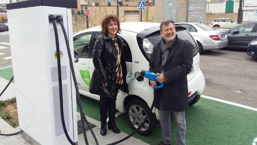 Company: 'El Ivace ha duplicado las ayudas en Alicante para implantar puntos de recarga de vehículos eléctricos'