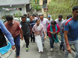 army-continues-patrolling-amidst-bandh-mamata-holds-emergency-meeting-in-darjeeling