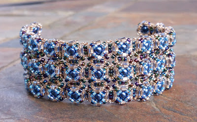 Cascade of pearls bracelet pattern