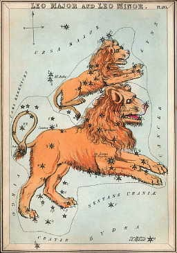 4 - Mặt Trăng gần sao Regulus, trái tim của Sư Tử.