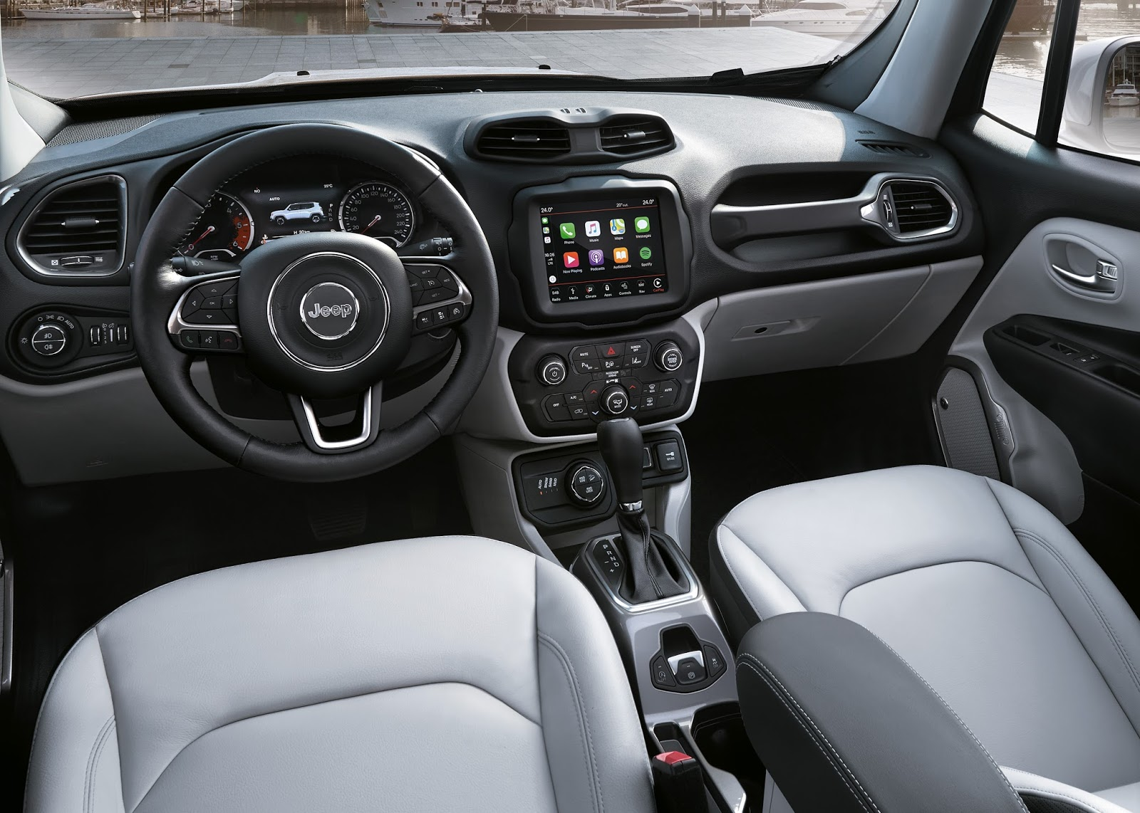 Jeep renegade ganha novidades no mercado europeu para 2018 for Interno jeep renegade