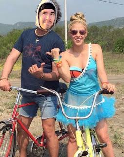 Hola Soy Germán vs Bicicleta humor shakira