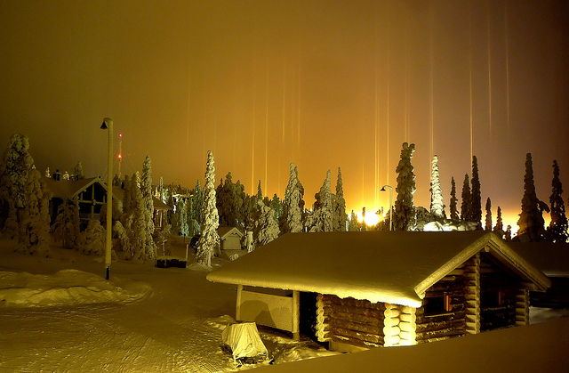 Awesome Optical Phenomenon Light Pillars