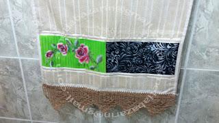 Toalha com pintura feita a mão e stencil