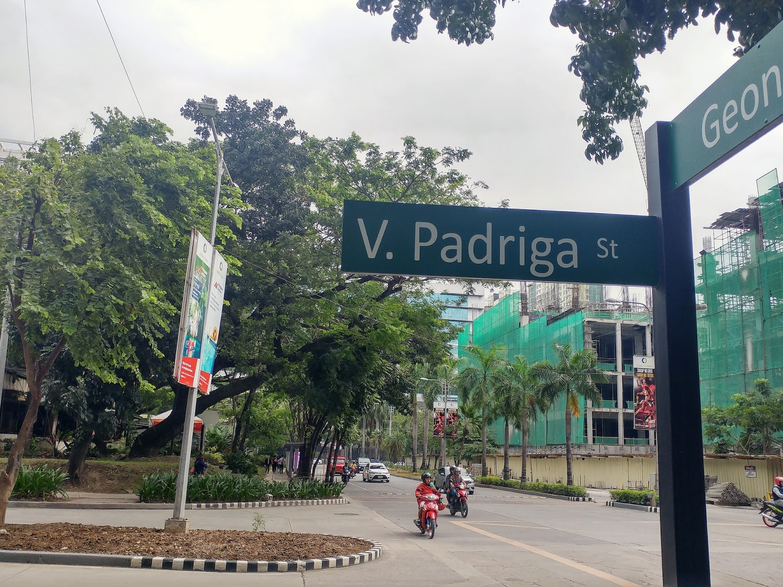 The Streets of Cebu IT Park: The Who's Who in the Cebuano Literary World
