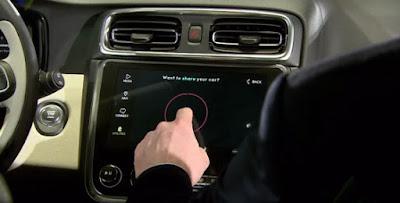 Primer cotxe d'ús compartit mitjançant una app integrada