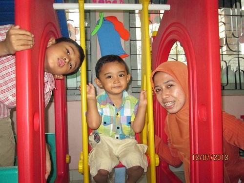 Hari Pertama Alvin Sekolah