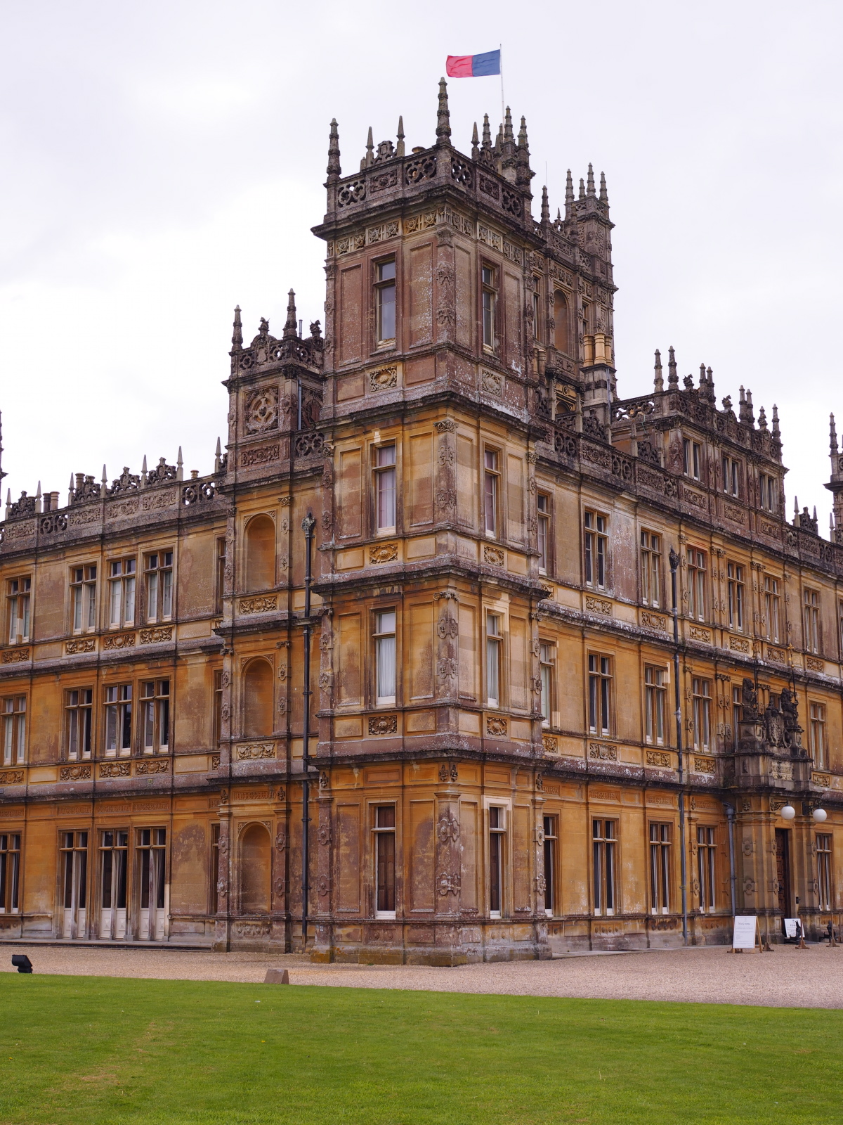 placefordreams.highclerecastle.jpg