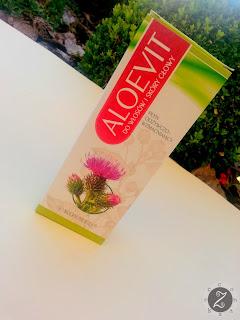 Wcierka odżywiająca i wzmacniająca włosy Aleovit. Czy warto używać wcierek?