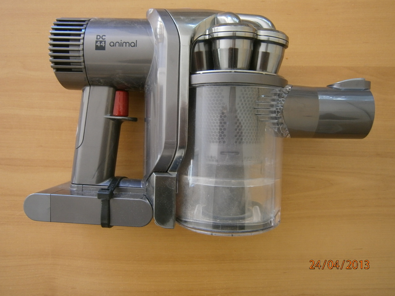 Taner's Blog: Dyson DC 44 Animal Trigger Problem Easily Fixed