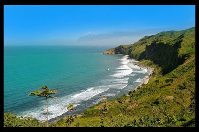 keindahan pantai ayah