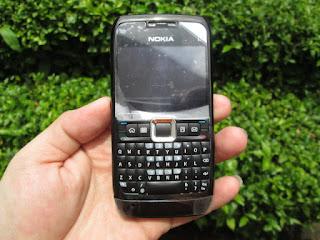 Nokia jadul E71
