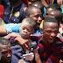Escola de três andares desaba na Nigéria e deixa mortos
