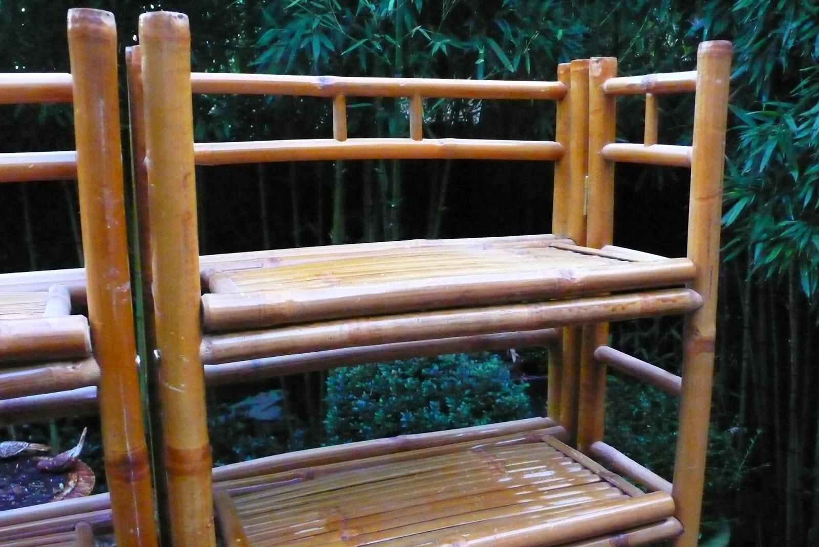 etag res en bambou bazar vintage bazar brocante. Black Bedroom Furniture Sets. Home Design Ideas