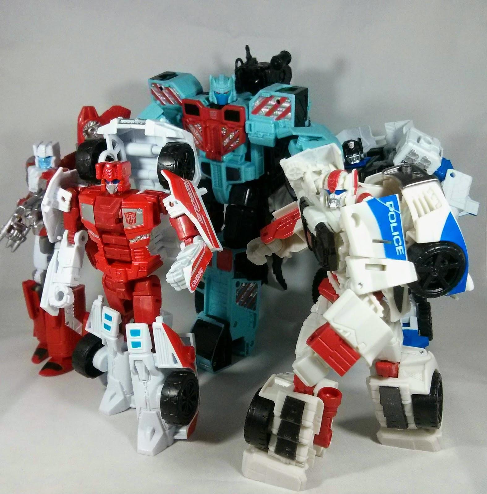 transformers protectobots combiner wars