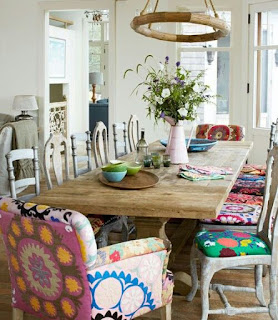 boho style, renovation, home renovation, dining room renewal, colorful spaces, colorful chairs, colorful armchairs, patchwork, trends, decoration ideas, color, classic style, modern style, minimal style, wood, lounge armchair,