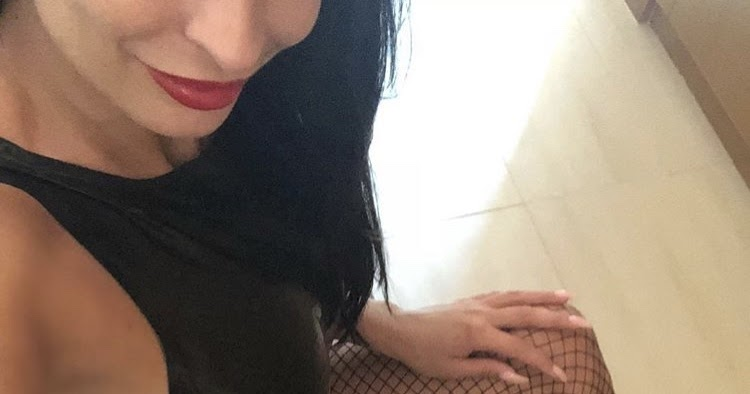 donne esibizioniste in webcam: miss violet camgirl guardala su donne esibizioniste chat italiana
