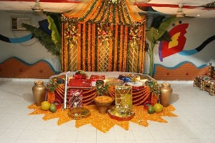 Mehndi And Mayon Decoration : Mayon mehndi decoration fashion and culture