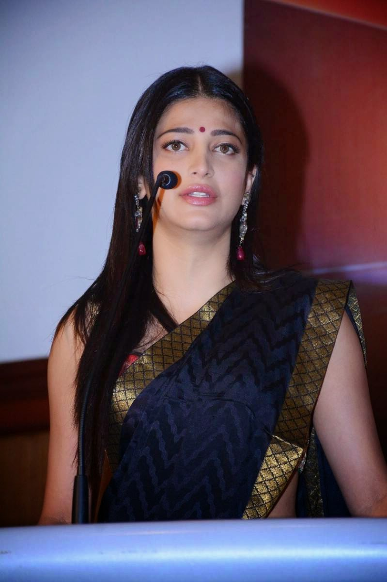 Shruti Haasan Spicy Hip Navel Photos In Blue Saree