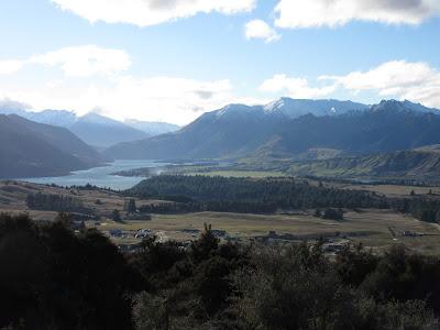 Vistas del lago Hawea desde Iron Mountain, Nueva Zelanda